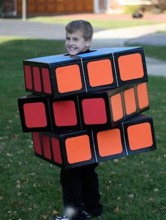 Disfraz divertido de niño: cubo rubik