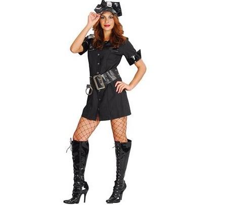 mujer policia charol