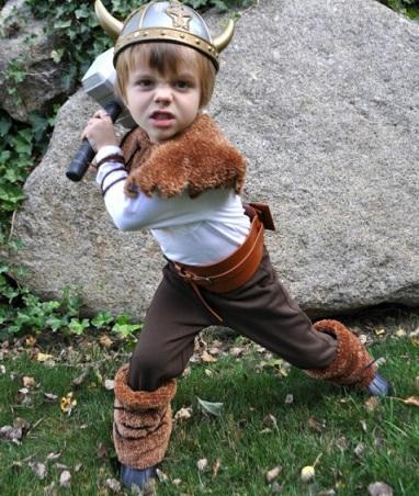 los mejores disfraces caseros de ninos vikingo