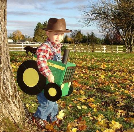 disfraz casero de campesino con tractor
