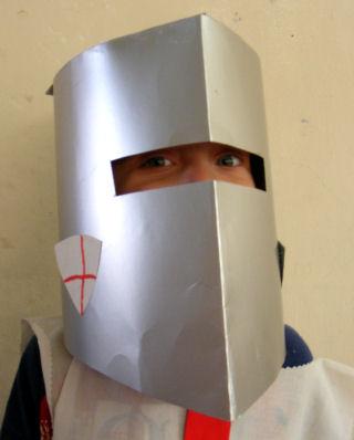 Рыцарский шлем своими руками фото