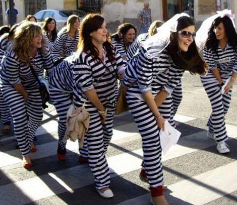 disfraces caseros para despedidas de soltera presa