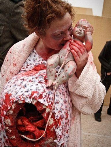 disfraz de mujer embarazada zombie