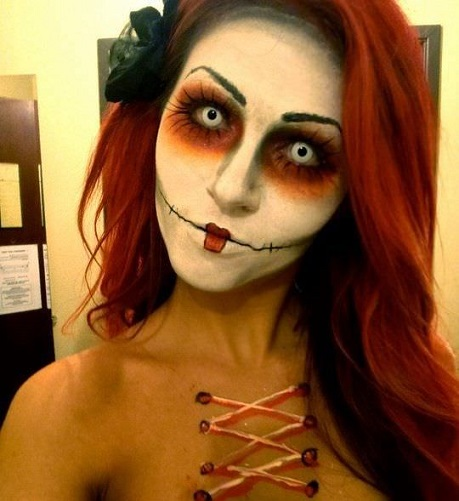 maquillaje de muñeca diabolica para halloween