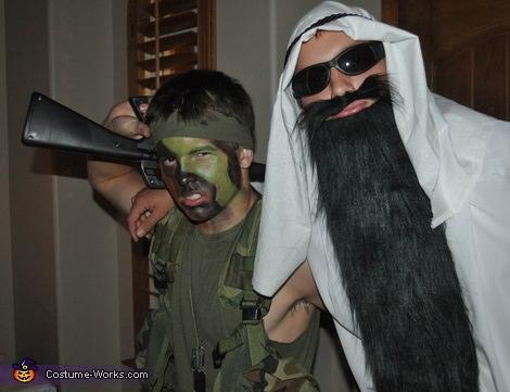 disfraz casero de militar y terrorista