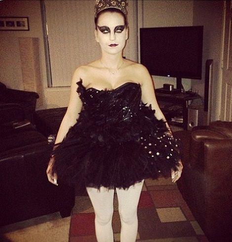disfraz de cisne negro halloween 2013